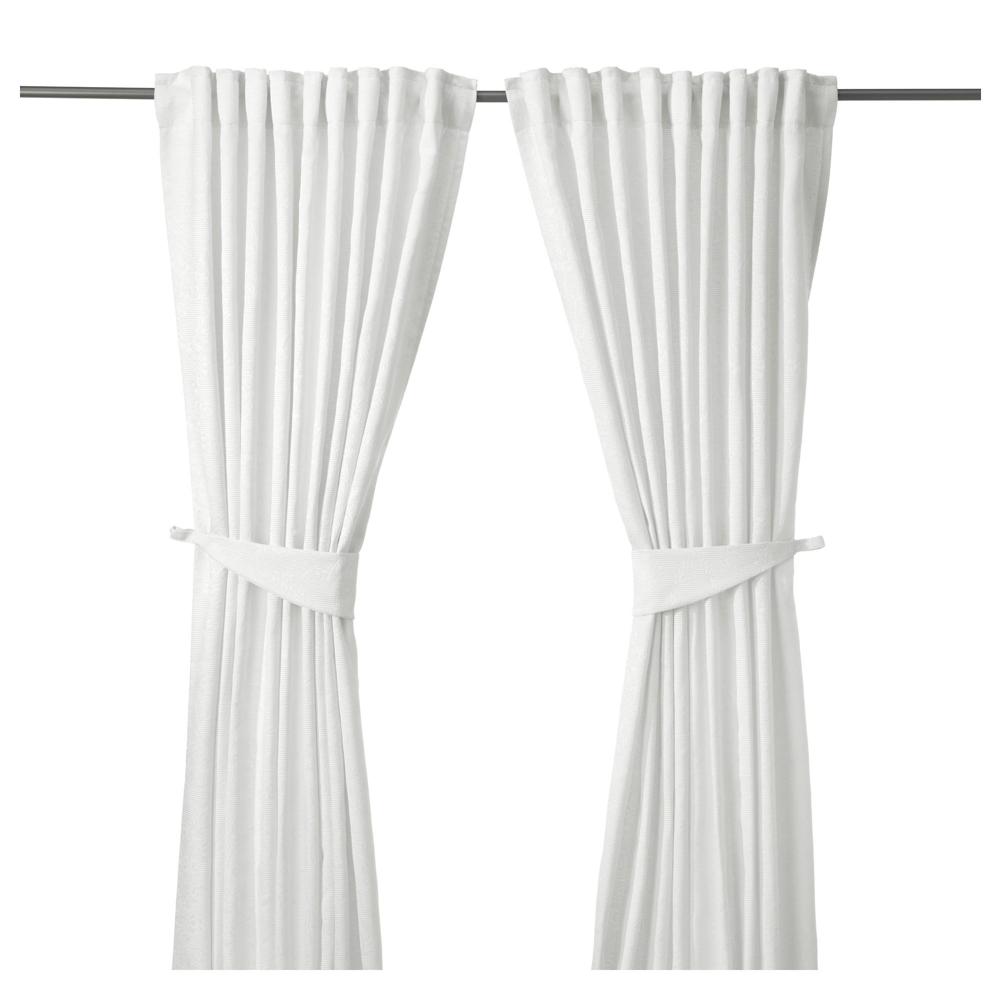 Shtory-i-gardiny-IKEA-v-interere-komnaty-9