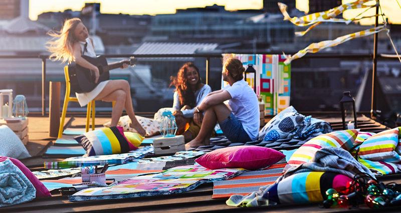 Лето в ИКЕА: 9 покупок для дома и сада к новому сезону