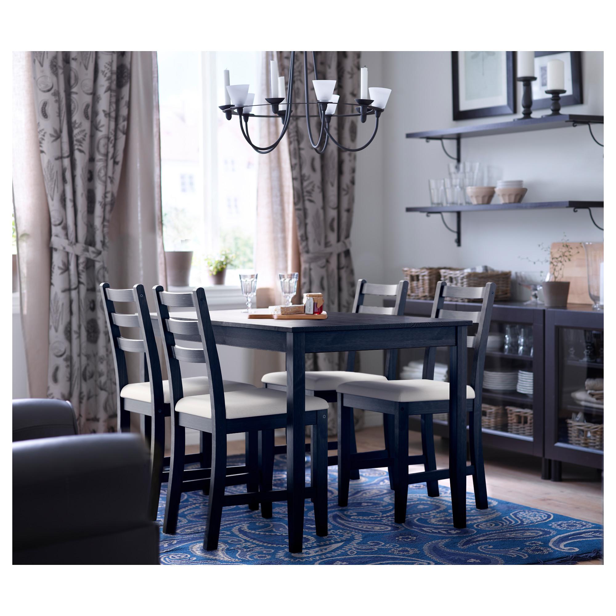 Черный стол и стулья в интерьере фото