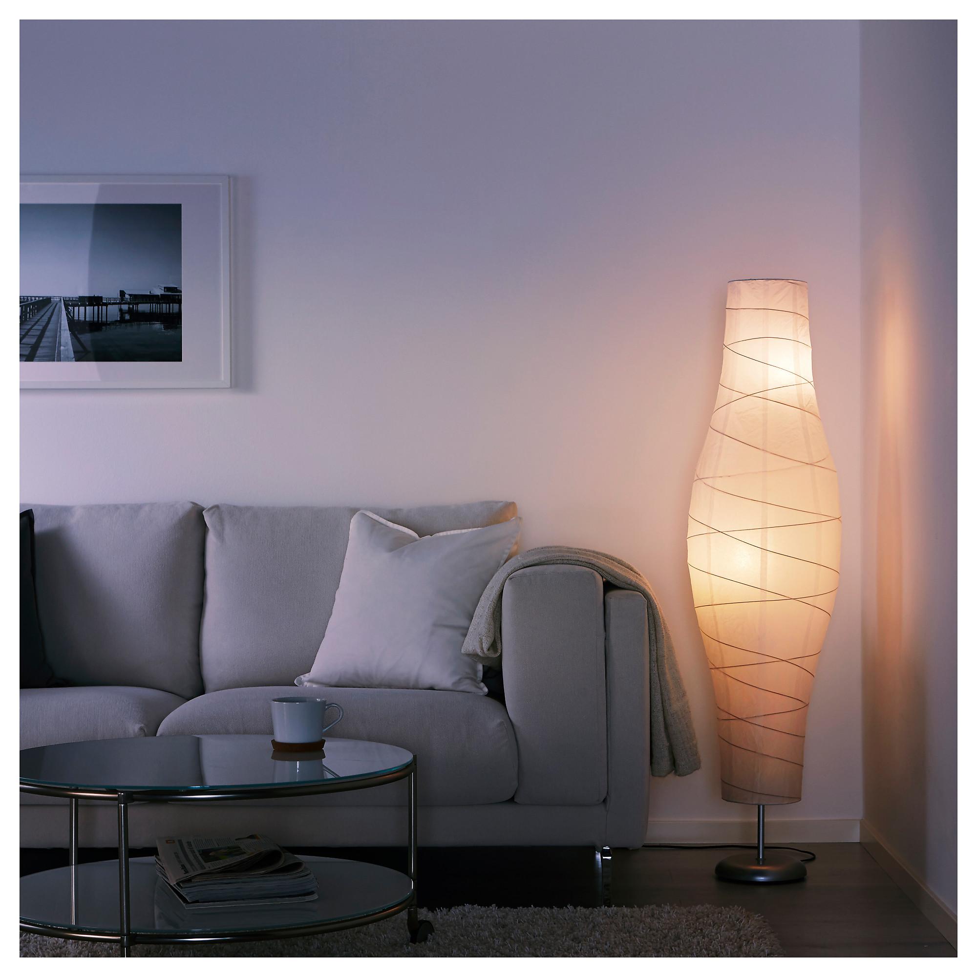 Осветительные приборы в Антикварной лавке в Калашном