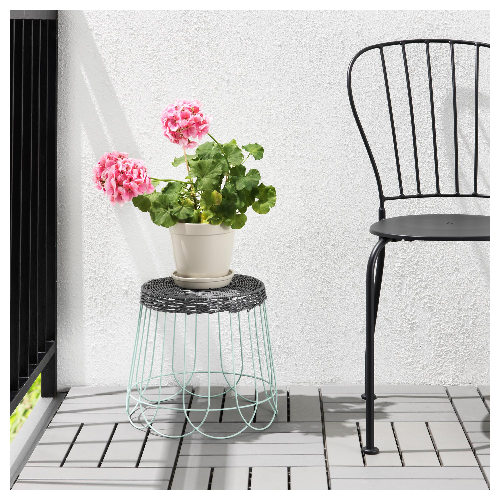 Пьедестал для цветов