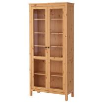 Шкаф-витрина ХЕМНЭС светло-коричневый артикуль № 303.734.42 в наличии. Online магазин IKEA Беларусь. Недорогая доставка и установка.