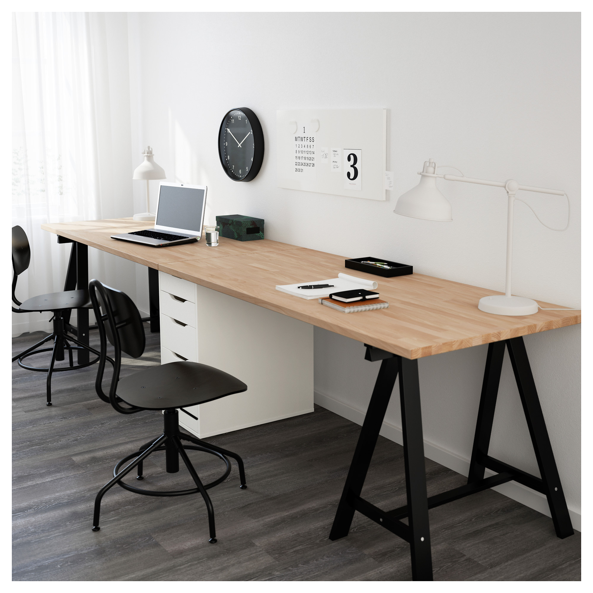 bureau traiteau id e un bureau sur tr teaux 12 inspirations et une puis je associer un bureau. Black Bedroom Furniture Sets. Home Design Ideas