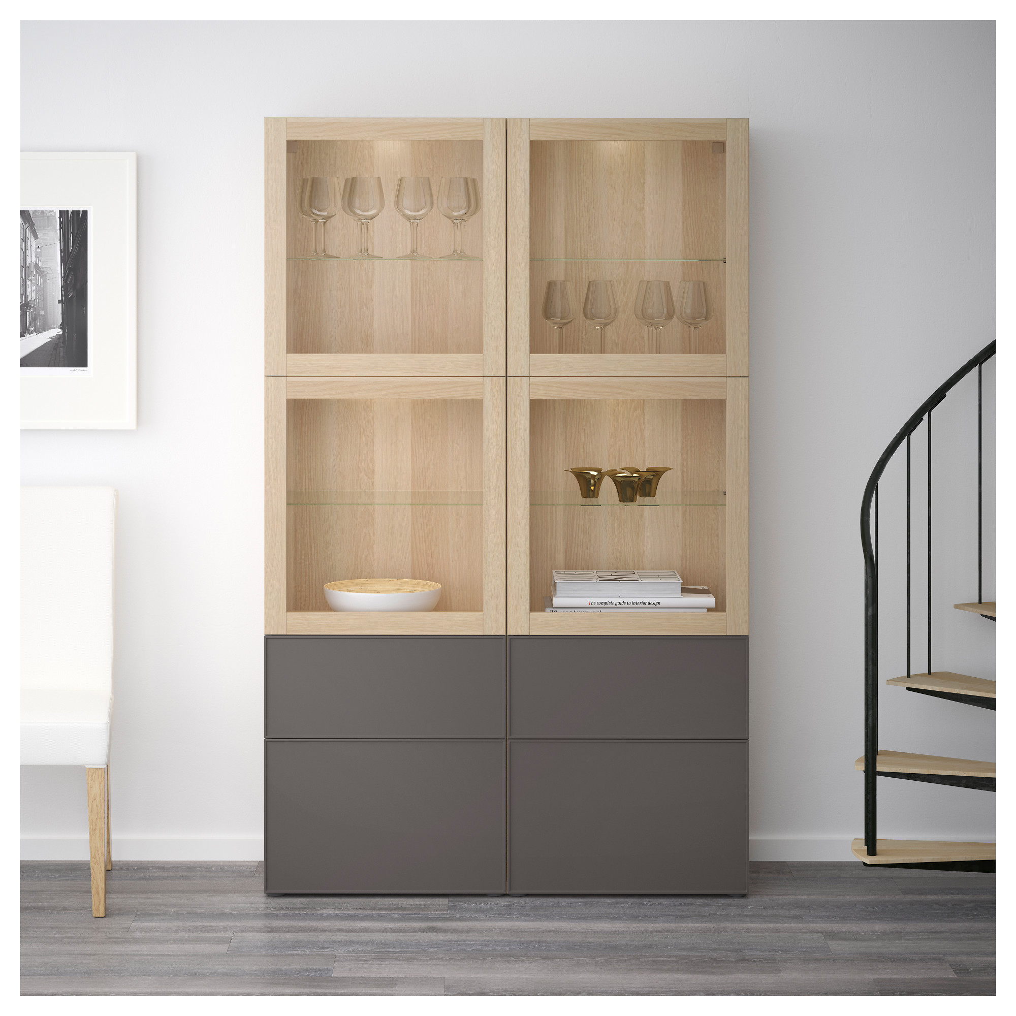 Комбинация для хранения со стеклянными дверцами БЕСТО темно-серый артикуль № 092.467.81 в наличии. Online магазин IKEA РБ. Быстрая доставка и соборка.