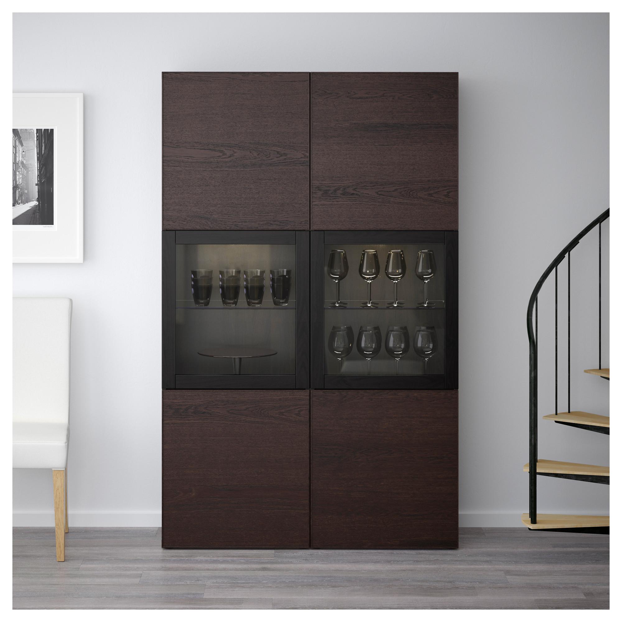 Комбинация для хранения со стеклянными дверцами БЕСТО черно-коричневый артикуль № 692.474.38 в наличии. Интернет сайт IKEA РБ. Быстрая доставка и соборка.
