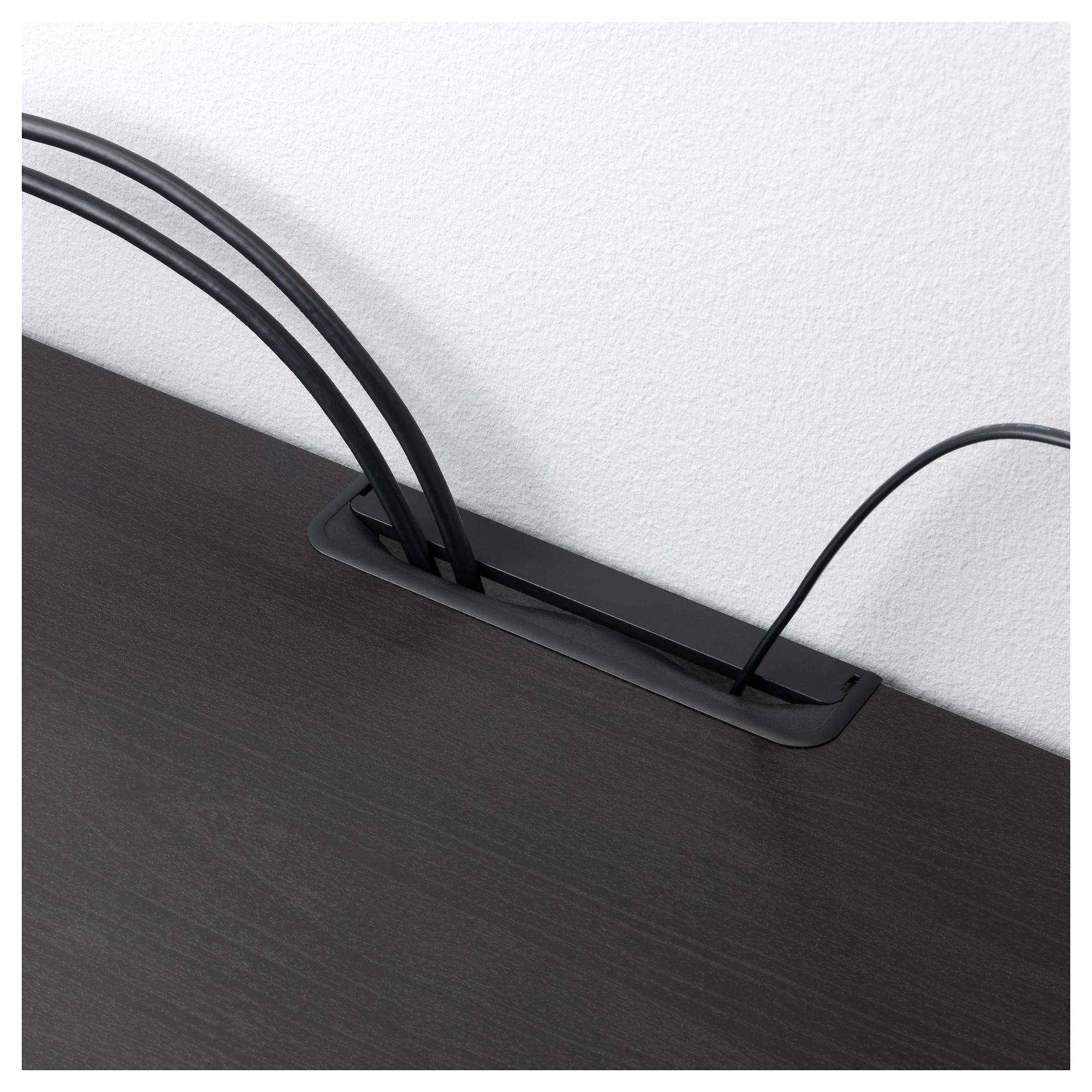 Шкаф для ТВ, комбинация БЕСТО черно-коричневый артикуль № 392.514.22 в наличии. Интернет сайт IKEA Беларусь. Недорогая доставка и соборка.