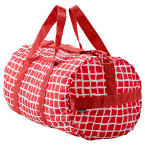 Спортивная сумка КНЭЛЛА красный/белый артикуль № 403.791.27 в наличии. Online магазин IKEA Минск. Быстрая доставка и установка.