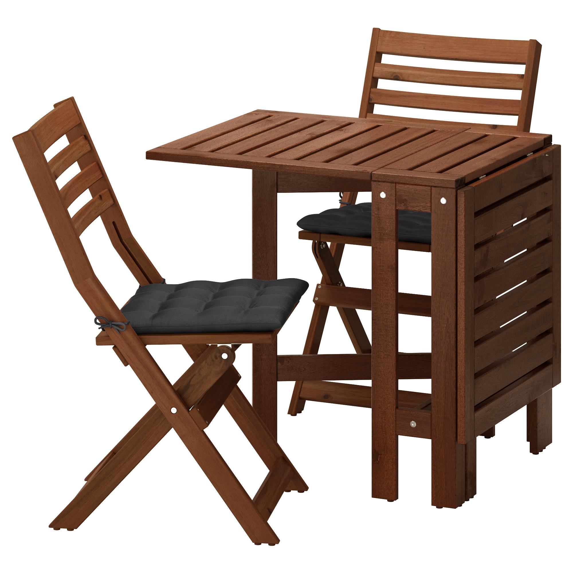 Стол + 2 складных стула для сада ЭПЛАРО черный артикуль № 892.289.24 в наличии. Онлайн сайт ИКЕА Беларусь. Недорогая доставка и соборка.