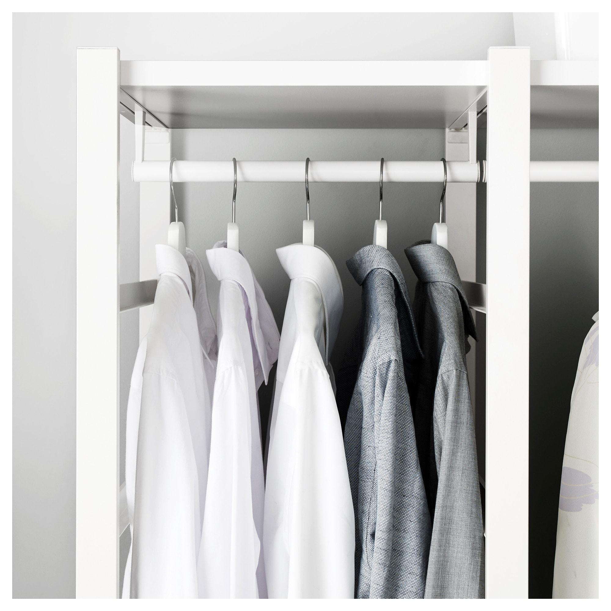 3 секции ЭЛВАРЛИ белый артикуль № 692.039.67 в наличии. Интернет магазин IKEA РБ. Недорогая доставка и монтаж.