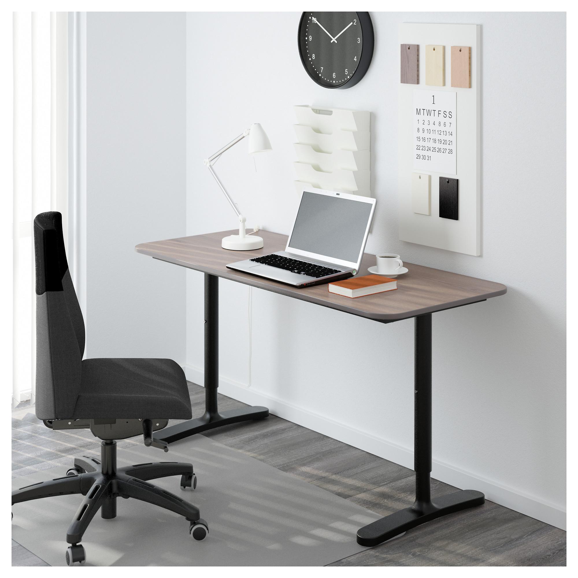 Письменный стол БЕКАНТ черный артикуль № 592.784.92 в наличии. Online магазин IKEA РБ. Недорогая доставка и установка.