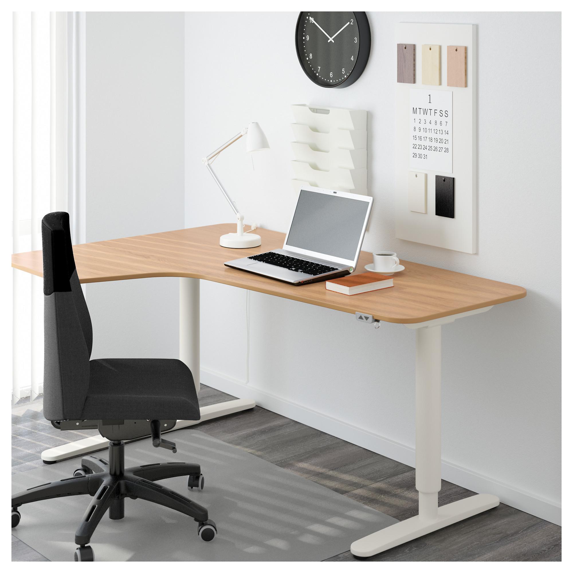 Угловой письменный стол левосторонний трансформер БЕКАНТ белый артикуль № 592.786.61 в наличии. Online магазин IKEA РБ. Быстрая доставка и монтаж.