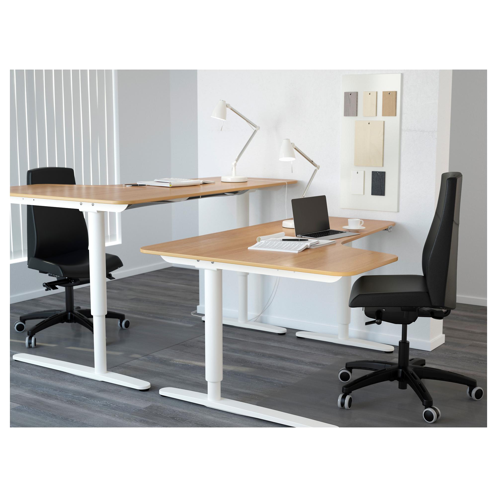 Угловой письменный стол левосторонний трансформер БЕКАНТ белый артикуль № 592.786.61 в наличии. Онлайн сайт IKEA Минск. Быстрая доставка и монтаж.