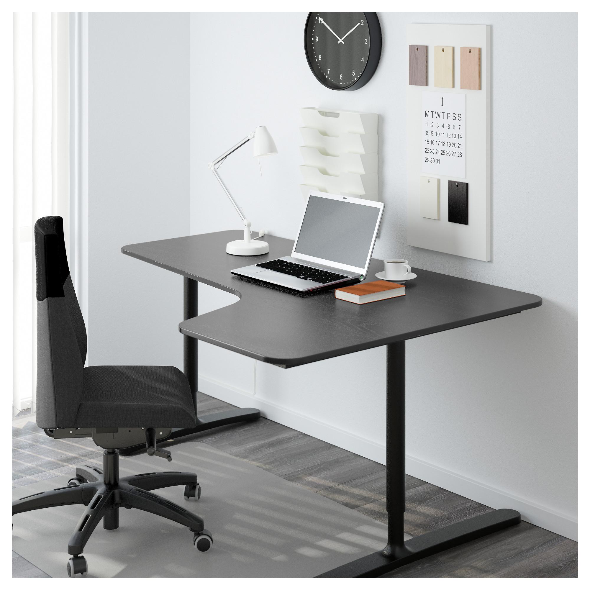 Угловой письменный стол правосторонний БЕКАНТ черный артикуль № 192.784.46 в наличии. Интернет магазин IKEA РБ. Недорогая доставка и монтаж.