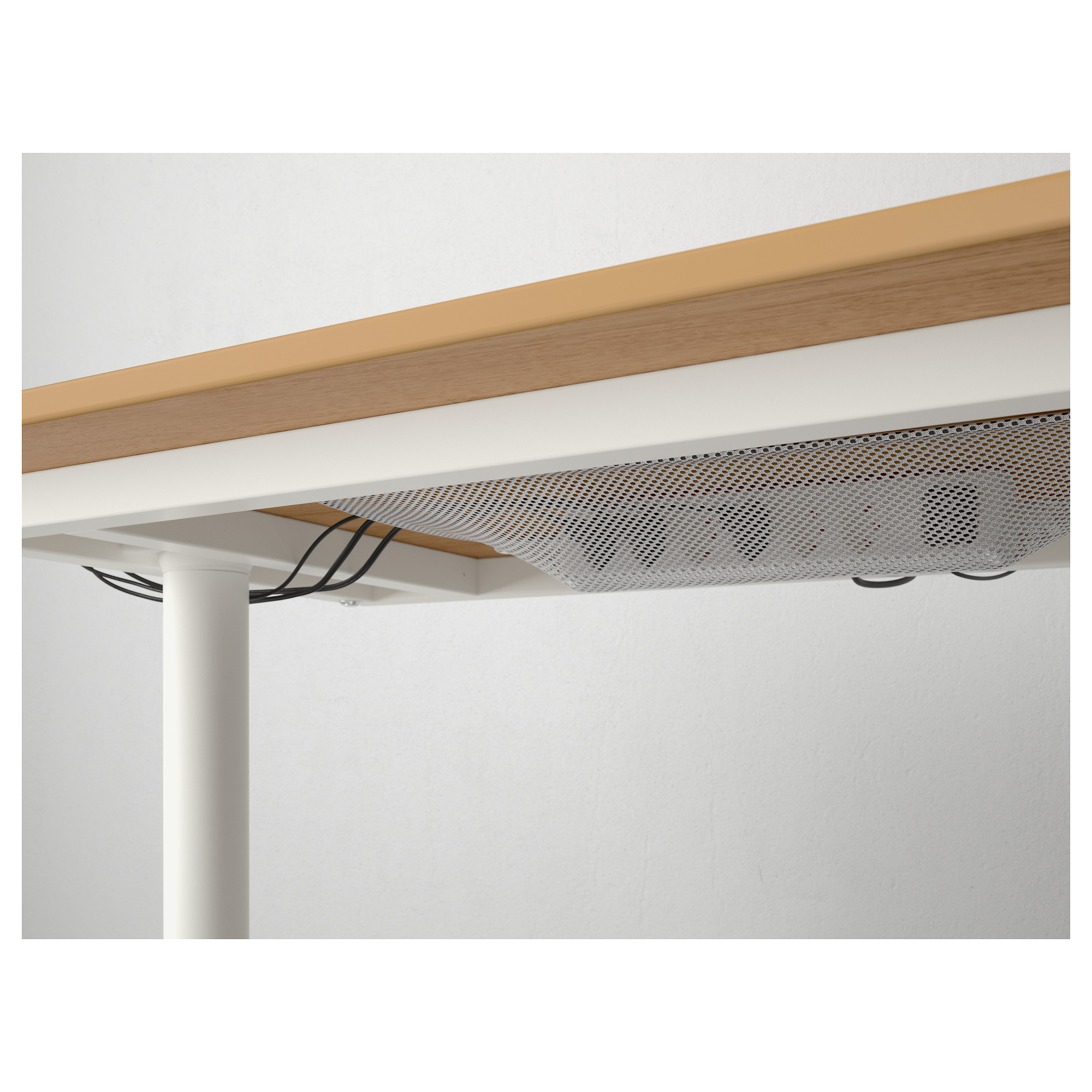 Угловой письменный стол правосторонний БЕКАНТ белый артикуль № 692.784.58 в наличии. Интернет сайт IKEA РБ. Недорогая доставка и соборка.